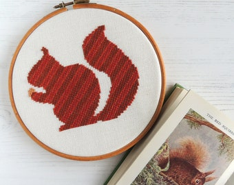 Cross stitch squirrel, squirrel pattern, modern cross stitch, cross stitch animal, PDF cross stitch pattern, cross stitch silhouette
