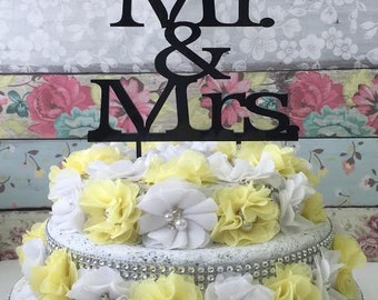 Custom Wedding Cake Topper - Cake Topper - Mr and Mrs - Cake Decor - Bride and Groom