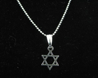 Simple Small Star of David Charm Necklace Sterling Silver