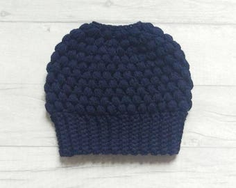 Navy messy bun beanie, ponytail hat, crochet hat, messy bun hat, ponytail beanie, navy blue beanie, navy blue hat
