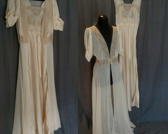 Vintage 1930s Lady Duff Silk and Lace Peignoir set/ 30s Wedding Silk and Lace Negligee with Robe Size 32 / Small / 2 Pieces