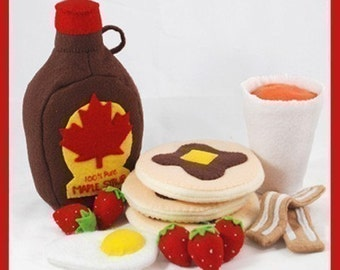 PANCAKE BREAKFAST - PDF Felt Food Pattern (Pancakes, Maple Syrup, Bacon, Egg, Strawberries, Orange Juice, Cup)