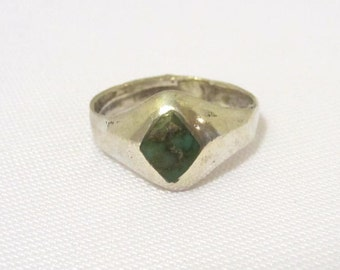 Vintage Sterling silver Inlay Natural Turquoise Bold Ring Size 6.75