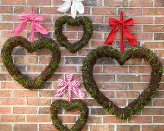Heart Wreath -Valentine Wreath- Choose Bow - Moss Wreath - Quick Ship