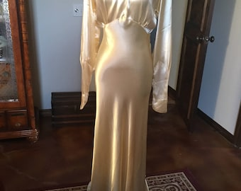Glorious 1930s Art Deco Wedding Gown