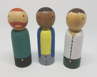 3x Men/Father/Dad peg dolls.