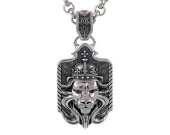 Silver pendent Brave 001