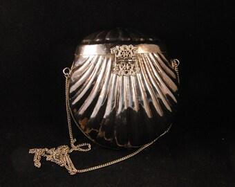 Vintage metal silver color purse