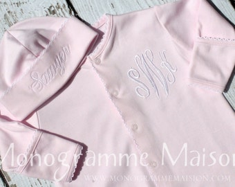 Coming Home Outfit - Baby Girl Outfit - Monogrammed Baby Outfit - Baby Shower Gift - Newborn Pictures Outfit - Converter Gown - Pima Cotton