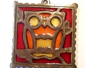 Vintage owl trivet - metal and glass - red - orange - yellow