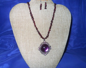 Handbeaded Garnet Necklace & Earrings