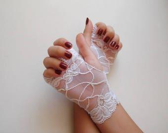 White lace gloves White fingerless Wedding gloves lace bridal gloves Lace fingerless gloves white gloves