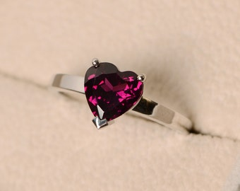 Pyrope garnet ring, solitaire ring, heart cut ring, heart ring, garnet ring