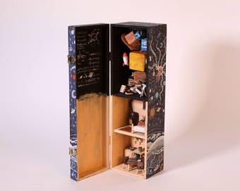 planetarium - tiny house in a box