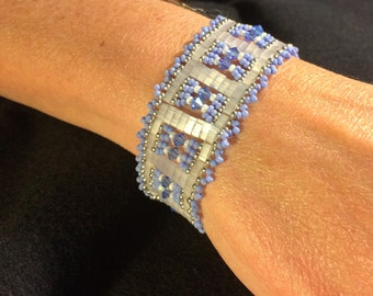 NO 73 Hand woven glass and crystal bracelet