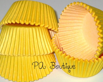 75ct. Solid YELLOW Standard Cupcake Liners Baking Cups (Free Shipping!)