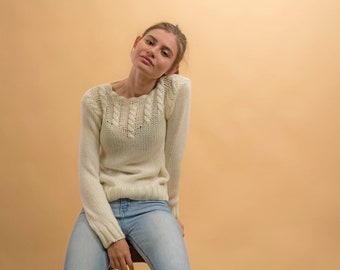 Vintage Cable Knit Sweater / Fitted Sweater / Cream Sweater / Minimalist Sweater Δ size: XS/S