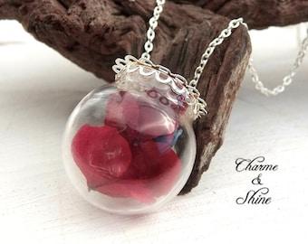 Real Flower Necklace, Hydrangea Flower Glass Globe Pendant, Flower Jewelry, Nature Jewelry