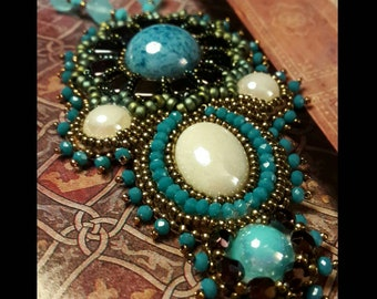 Necklace with turquoise flower motif LA CASTELLANA
