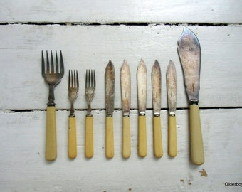 1800s Victorian Cutlery Harrison Fisher vtg Cutlery Knives Forks Ornate Design Silver Plated epns collectible  H05/257