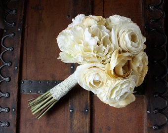 Cream Peony Ranunculus Silk Bouquet in Ivory, Cream, Champagne, Cottage Chic Style, Romantic, Edwardian, Victorian, Shabby Vintage, Winter