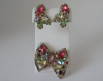 Exquisite Weiss Bow Tie Brooch and Earring Demi Parure Set - Weiss Pastel Pink Rhinestone Clip Earrings and Brooch - Weiss Jewelry Set