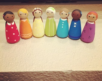 Rainbow peg dolls craft for quiet play and learning colors