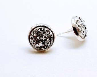 Silver Druzy earrings, Faux Druzy stud earrings, Druzy stud earrings, druzy earrings, stud earrings, Stocking Stuffer for Woman