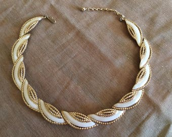 "Trifari TM White and Gold Necklace 16"" Excellent Condition"