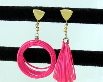 Hoop Loopy Pink Enameled Spring Dangle Earrings; Mod Hipster Fun Vintage