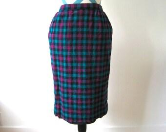 Vintage 1950s Plaid Wool Skirt - Green and Purple School Girl Pencil Skirt - Small - Pendleton Woolen Mills Made in USA - Virgin Wool