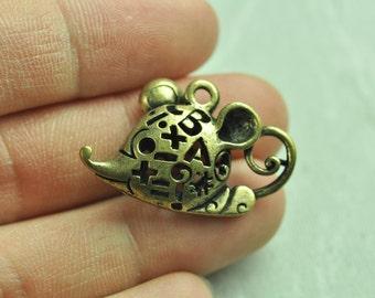2pcs Antique Bronze Filigree 3D Mouse Charms Hollow Out Mouse 30x20mm K129