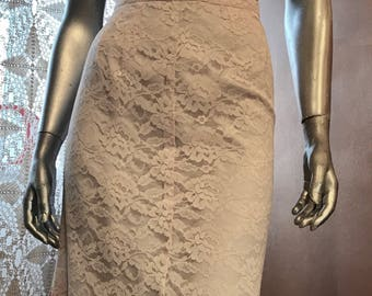 1950s Blush Pink Lace Pencil Skirt