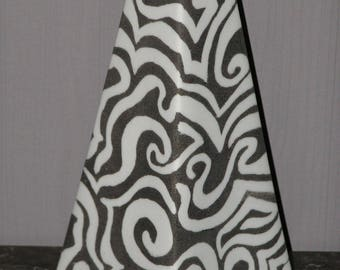 Pyramid mazes painted porcelain vase