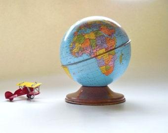 Vintage Globe -Ohio Art Tin Litho World Globe   /0500