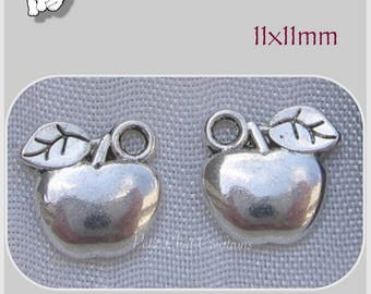11 CHARMS 2 SIDED SILVER METAL APPLE SILVER 11 MM * B59