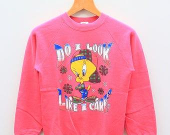 Vintage TWEETY BIRD Do I Look Like I Care? Warner Bros Cartoon Animation Pink Sweatshirt Sweater Size XL