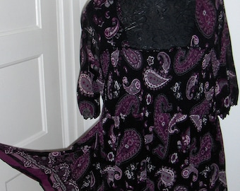 XLNT Kappahl paisley tunic top with half sleeves/Vintage tunic in black, purple, white and grey/Tunic with paisley design/Size XL tunic