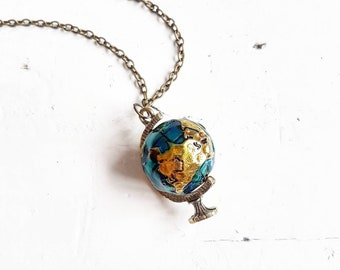 Globe Necklace // World Map Necklace // Map Jewelry // Travel Jewelry // Travel Gift // Wanderlust Jewelry // Explore