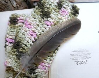 Autumn's Rose Crochet Fingerless Gloves Bohochic Romantic Victorian Style Elegant dusty rose & Green hues wrist warmers. Fall autumn fashion