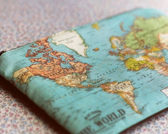 World map purse Make Up Bag pencil case or Travel bag for Map Lovers.Old map bag pencil case gift for her Back to school.Bag for map lovers.