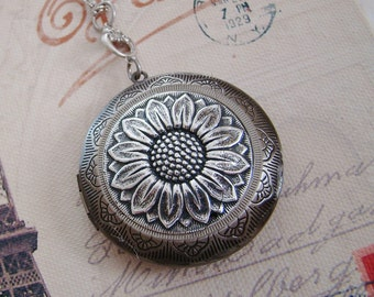 Large Silver Sunflower Locket Mother Birthday Gift Wife Sister Wedding Bride Bridesmaid Daughter Anniversary Photo Pictures - Camille