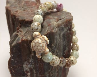 Marbled Glass Bead Turtle Stretch Bracelet