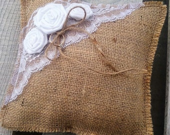 Burlap and Lace Ring Pillow, Rustic Wedding Ring Bearer Pillow, Rustic Ring Cushion, Ring Bearer Pillow, Ring Pillow, Ring Cushion