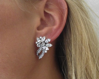 Bridal Earrings, Pearl Wedding Earrings, Swarovski Earrings, Silver Bridal Jewelry, Cluster Earrings, Crystal Stud Earrings, Drop Earrings