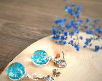 Dried Flower Earring, Colourful Flowers, Beaded Charm Earring, Handmade Earrings, Resin Ear stud, Dried Preserved Flowers,
