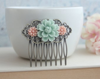Light Mint Green Rose, Pink Daisy Flower Collage Hair Comb, Bridesmaids Gift. Bridal Wedding Comb. Vintage Inspired Country French Wedding