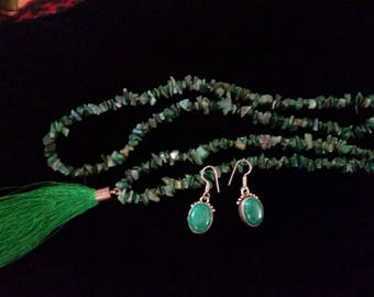 Green Malachite Chip and Tassel Necklace Pendant 34 inches long, Sterling & Malachite Drop Earrings Pierced Mexico Cabochon