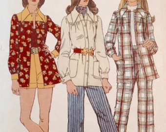 Simplicity 5005 - Size 12 - Bust 34 in. -1972 Pants Suit Pattern - Patch Pockets - Yoke Shirt Pattern - Cuffed Shorts or Pants Pattern