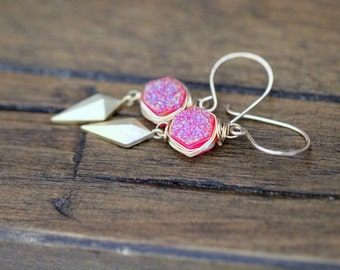 Druzy Earrings, Arrow Head Drops & Pink Hexagons ,  Quartz Bezel Wrapped Dangle ,  Bohemian Earrings  - Stiletto
